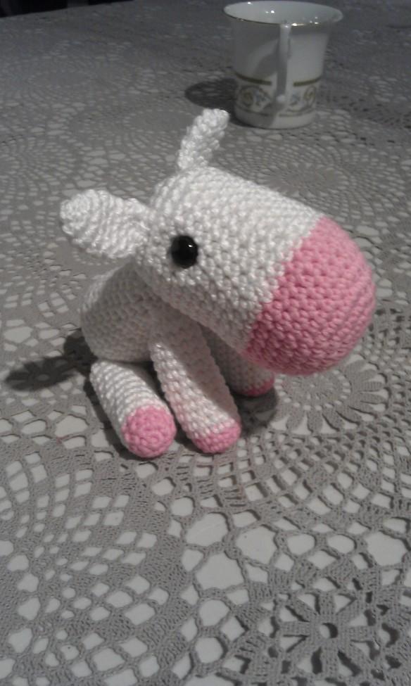Shy unicorn amigurumi pattern - Amigurumi Today | 975x584